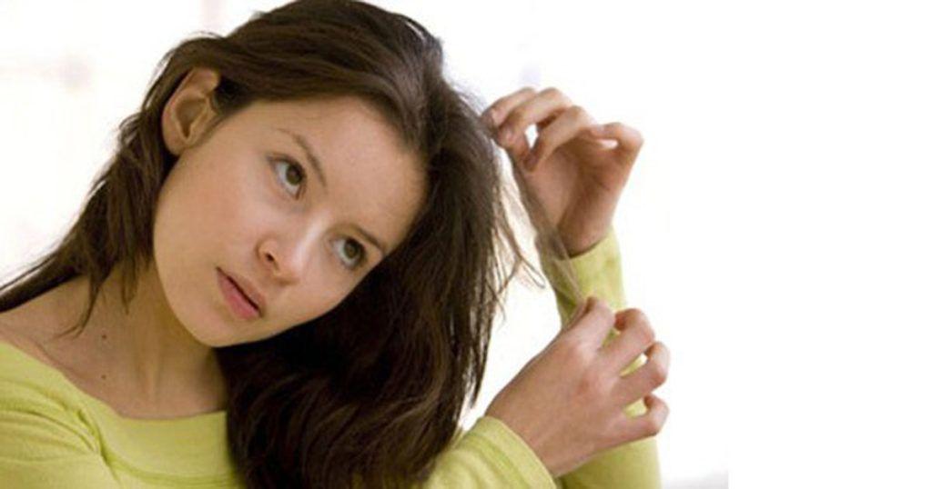 Tricotillomania: quando strapparsi i capelli si trasforma in piacere